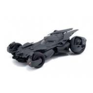 Batman vs Superman - Réplique Batmobile 1/32 métal 2016