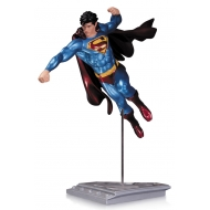 Superman The Man Of Steel - Statuette Shane Davis 21 cm
