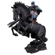 Batman The Dark Knight Returns - Statuette A Call To Arms 37 cm