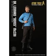 Star Trek - TOS figurine 1/6 Dr. Leonard 'Bones' McCoy 30 cm