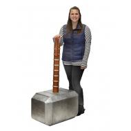 Marvel Comics - Réplique mousse Oversized Marteau de Thor Mjolnir 122 cm