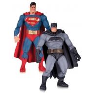 Batman The Dark Knight Returns - Pack 2 figurines Superman & Batman 30th Anniversary 17 cm