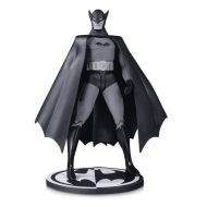 Batman Black & White -  Figurine First Appearance  by Bob Kane 17 cm