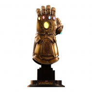 Avengers Infinity War - Réplique Accessories Collection Series 1/4 Infinity Gauntlet 17 cm