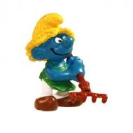 Les Schtroumpfs - Figurine Schtroumpf paysan avec rateau 6 cm