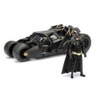 Batman The Dark Knight - Réplique 1/24  Batmobile métal 2008 avec figurine