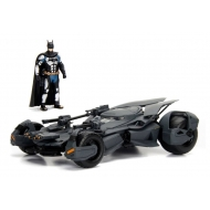 Justice League - Réplique métal 1/24 Batmobile avec figurine 2017
