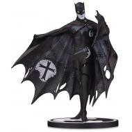 Batman Black & White - Statuette  Batman by Gerard Way 20 cm