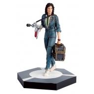 The Alien  & Predator - Figurine Collection Warrant Officer Ellen Ripley 11 cm