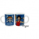ONE PIECE - Mug Luffy & Emblème (320 ml)