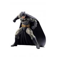 DC Comics - Statuette ARTFX+ 1/10 Batman (Batman: Hush) 16 cm