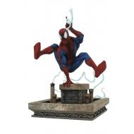 Marvel Gallery - Diorama 90's Spider-Man 20 cm