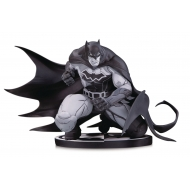 Batman Black & White - Statuette Batman by Joe Madureira 12 cm