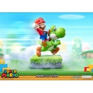 Super Mario - Statuette Mario & Yoshi 48 cm